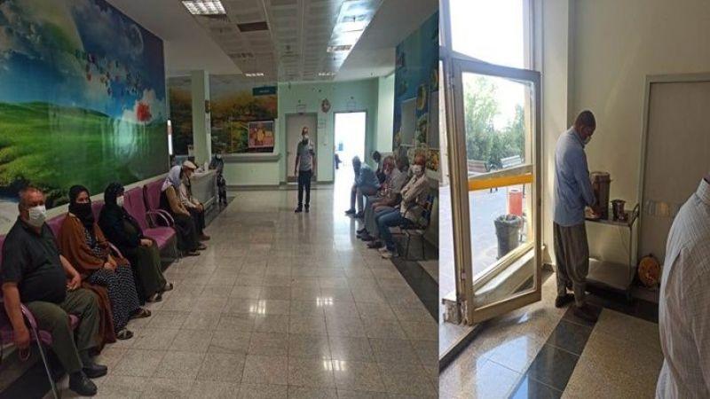 Viranşehir'de aşı sırası bekleyen vatandaşlara çay ikramı