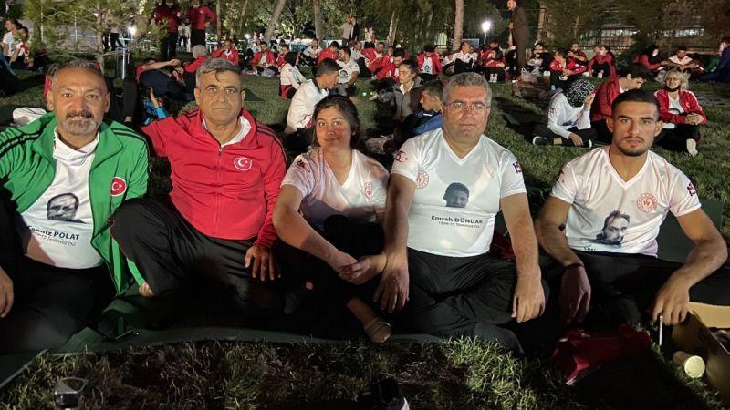 Urfalı milli sporcular TBMM'de demokrasi nöbetinde