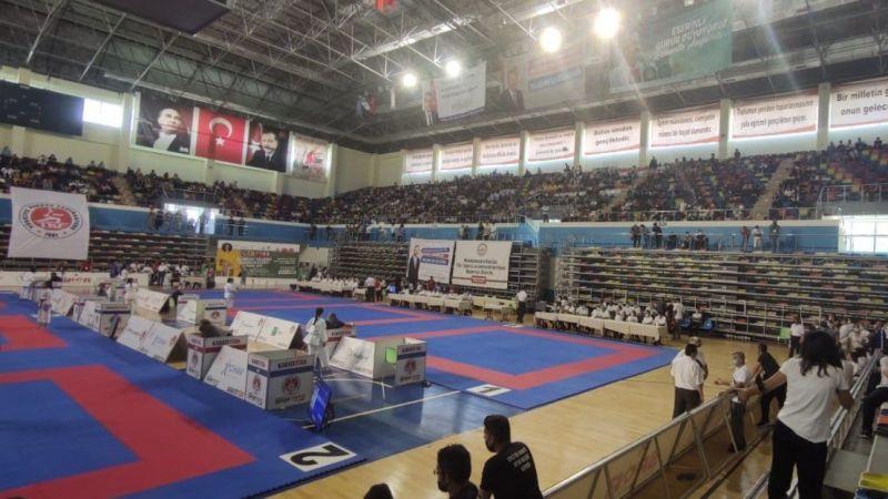 Urfa'da karate şampiyonası turnuvası sona erdi