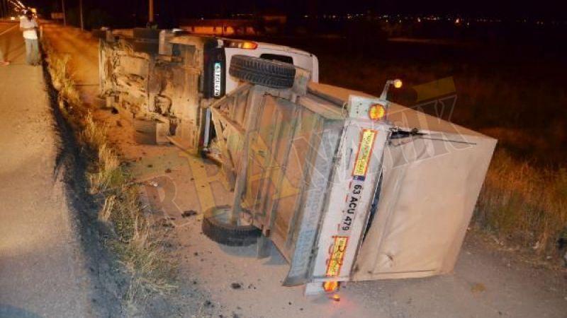 Bayram için Urfa'ya dönen tarım işçileri kaza yaptı: Yaralılar var