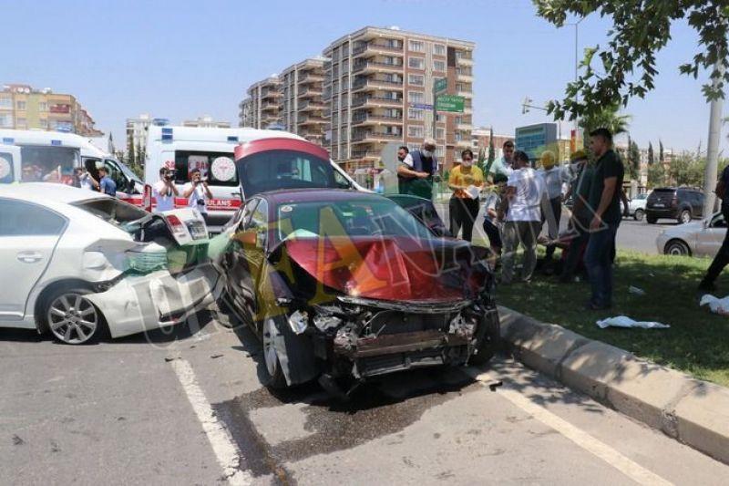 Urfa'da kırmızı ışık ihlali faciaya neden olacaktı: Çok sayıda yaralı!