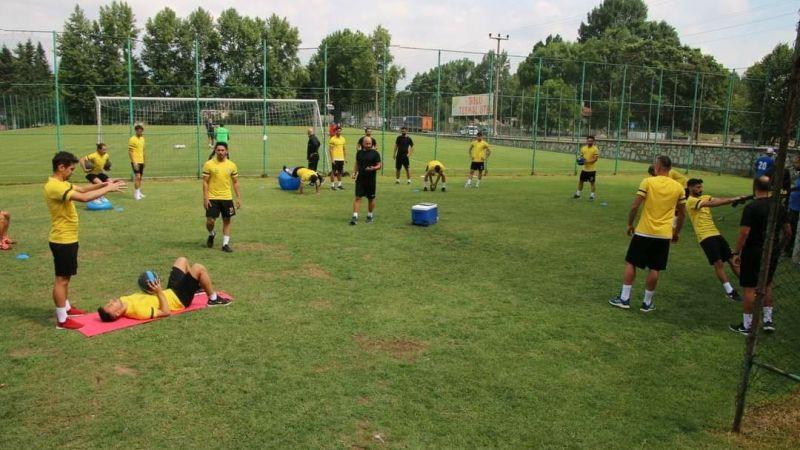 Urfaspor şimdiye kadar 15 futbolcuyla anlaştı