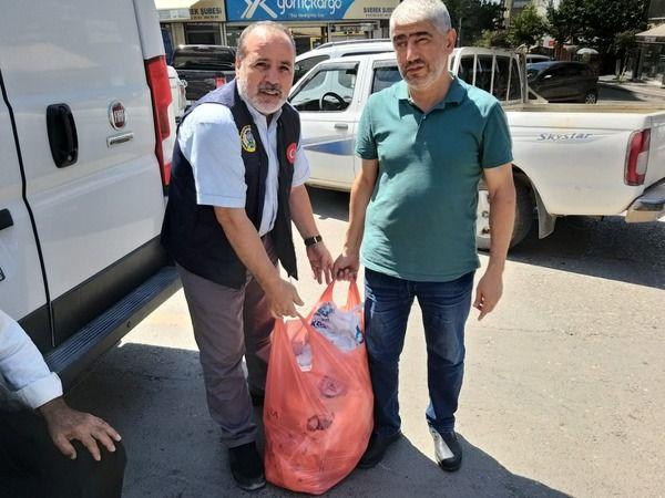 Siverek'te bayram sonrası yardımlar sürüyor