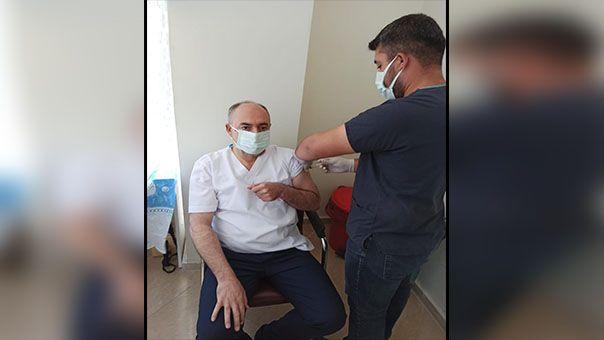 Başkan Aksoy, aşı olup çağrı yaptı