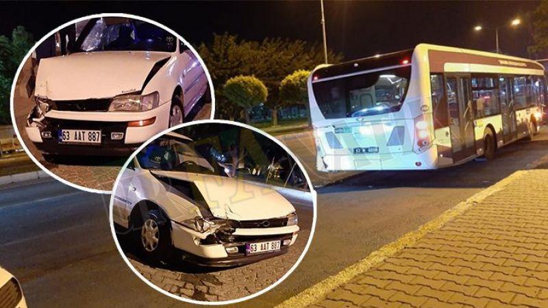 Karaköprü'de otomobil halk otobüsüne çarptı