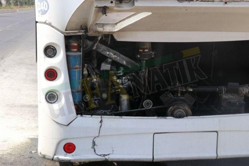 Urfa sıcağına dayanmadı: Belediye otobüsü alev alev yandı!