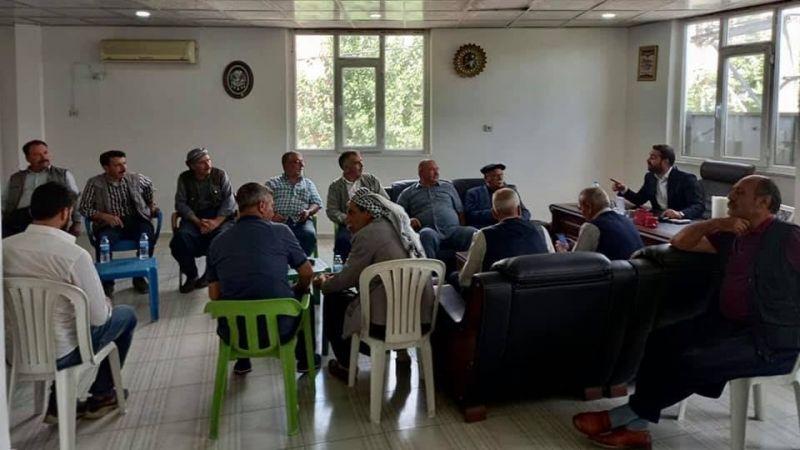 Kanaat önderi Hasan İzol husumetli aileleri barıştırdı