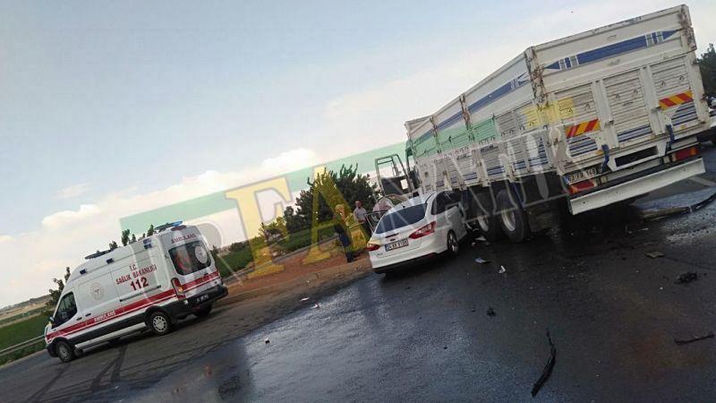 Şanlıurfa'da otomobille kamyon çarpıştı: Çok sayıda yaralı
