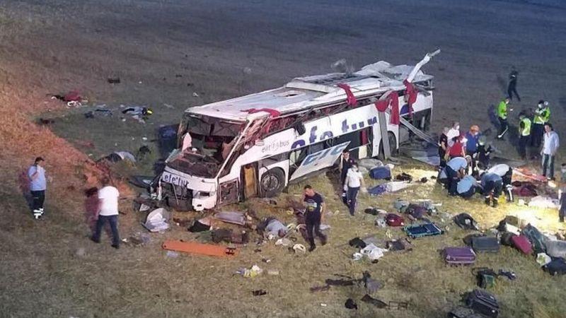 Katliam gibi kazada ölenlerin sayısı 15'e yükseldi