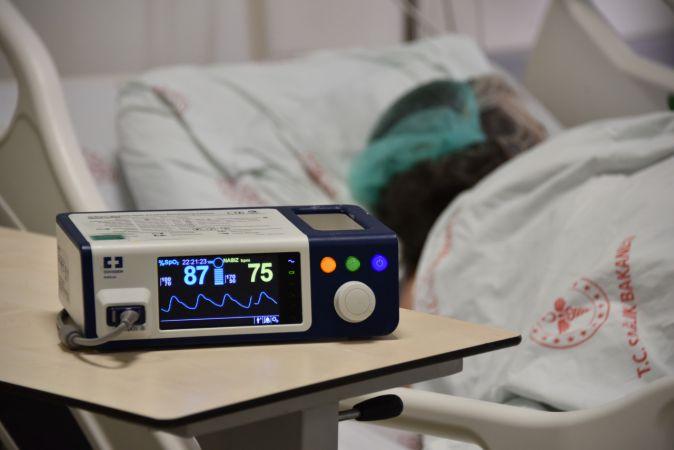 """Urfa'da  kovid hastalarının büyük pişmanlığı: """" Sevdiklerinizin ölümüne sebep olabilirsiniz"""""""