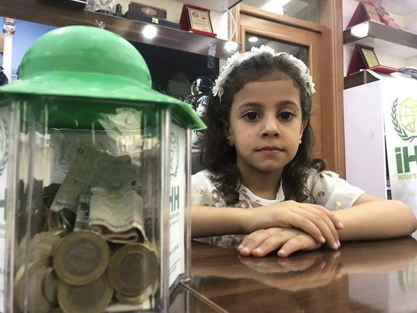 Urfa'da yaşayan Suriyeli yetimlerden anlamlı bağış