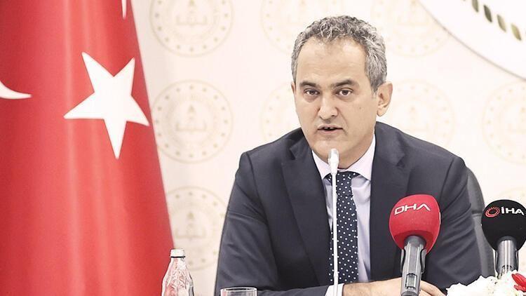 Milli Eğitim Bakanı Özer'den flaş sınav açıklaması