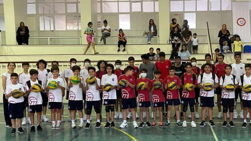 """""""Sporla Filizlenen Çocuklar"""" projesine yoğun ilgi"""