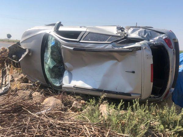 Urfa'da lüks araçlar trafiğe çıkmadan hurdaya döndü