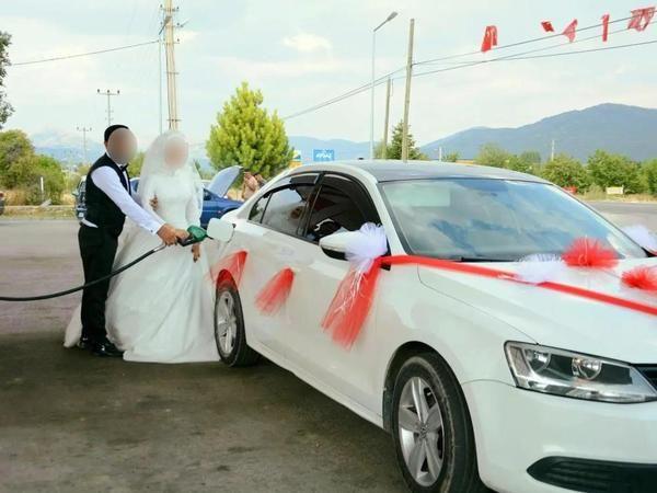 Korona olan gelin düğüne gelen herkese bulaştırdı!