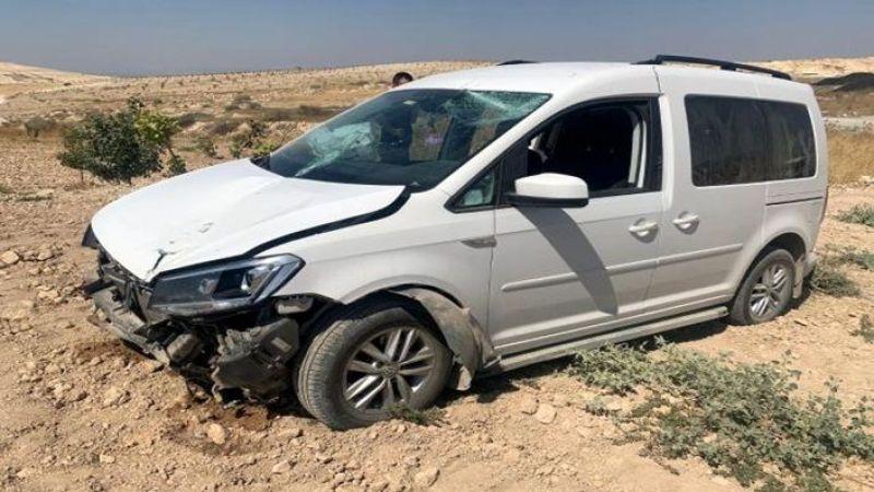 Birecik'te yolunu değiştiren sürücü ölümden döndü