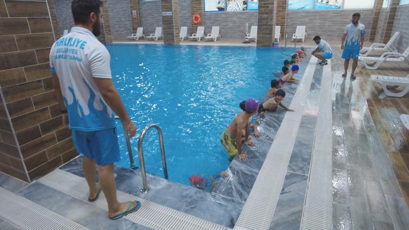 Urfa'da çocuklar, hem eğleniyor, hem öğreniyor