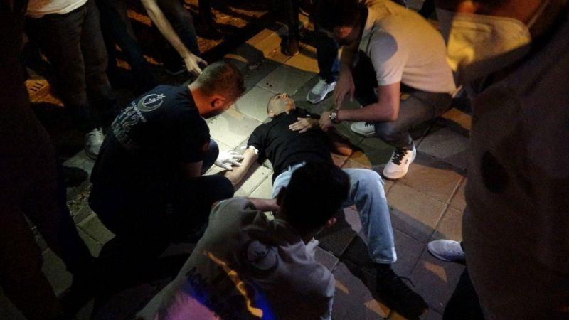 Gece vakti gençlere silahlı saldırı yapıldı: 2 yaralı!