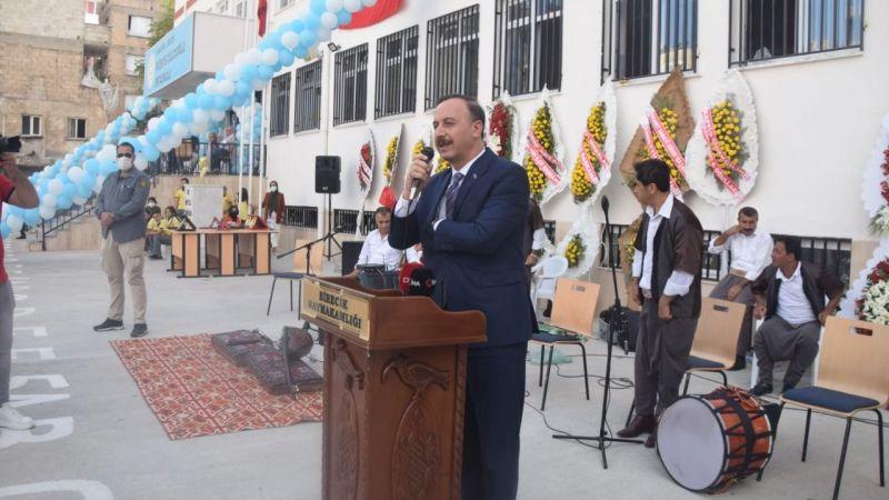 Şanlıurfa'da iki okul daha hizmete açıldı