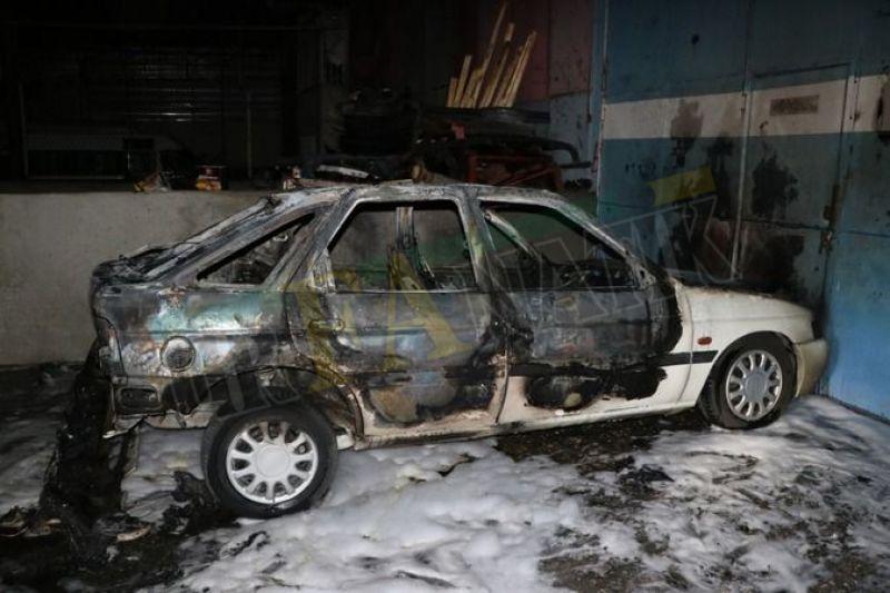 Urfa'da şüpheli olay: Otomobil gece vakti yanarak kül oldu!