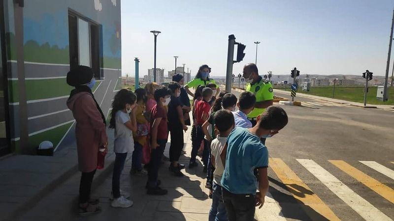 Urfa'da çocuklarda trafik bilinci oluşturuluyor!