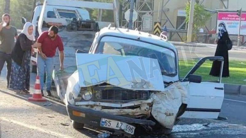 Şanlıurfa'da otomobil orta refüje çarptı: 1 yaralı