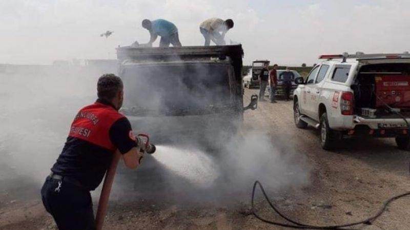 Şanlıurfa'da kamyonet yanarak kullanılamaz hale geldi!