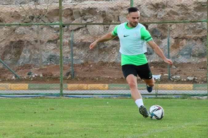 Urfaspor'un yeni teknik patronu hız kesmiyor
