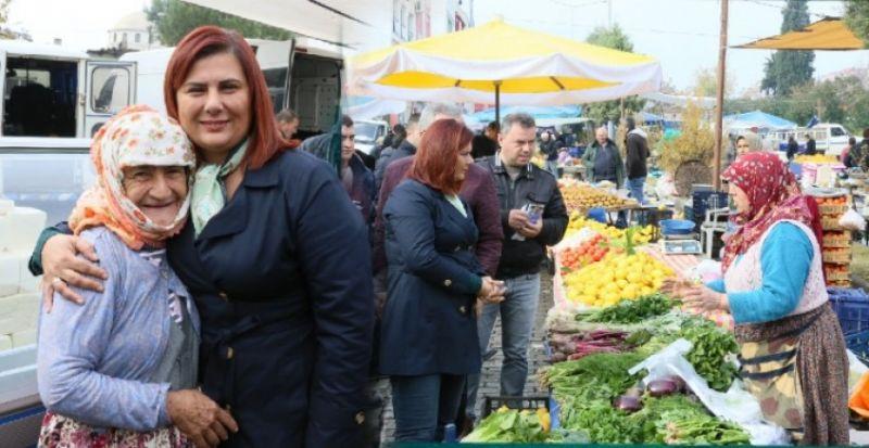 BAŞKAN ÇERÇİOĞLU EFELER'DE PAZARLARI ZİYARET ETTİ