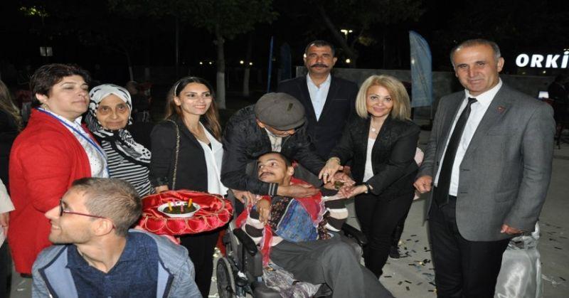 İncirliova'da engelliler için asker eğlencesi ve iftar yemeği