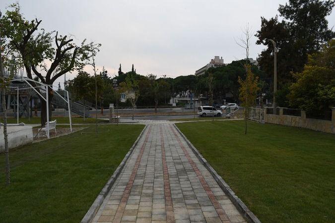 Kuşadası yeni parklar ile güzelleşiyor