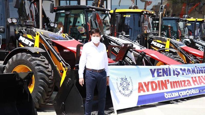 Çerçioğlu'ndan Millet İttifakı ortağı İYİ Partili belediyelere jest