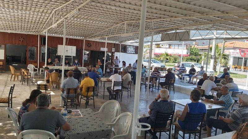 Büyükşehir sahada vatandaşları dinliyor