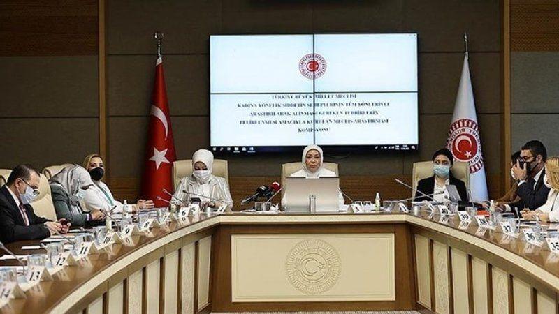 Kadın komisyonunda AKP'liler cinayetler için kadınları suçladı