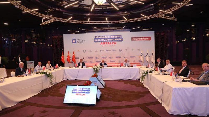 Başkan Çerçioğlu Büyükşehir Belediye Başkanları toplantısı için Antalya'da