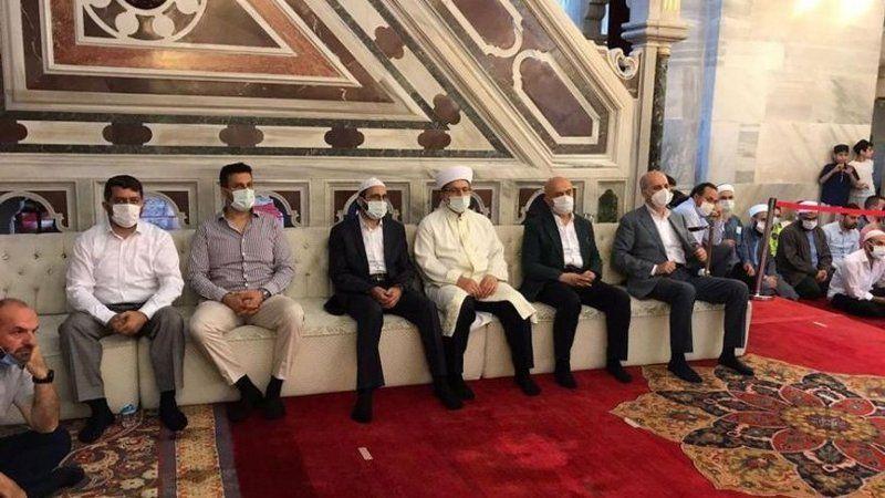 AKP'nin 'koltuk' sevdası pes dedirtti: Camiye özel 'protokol' koltuğu!