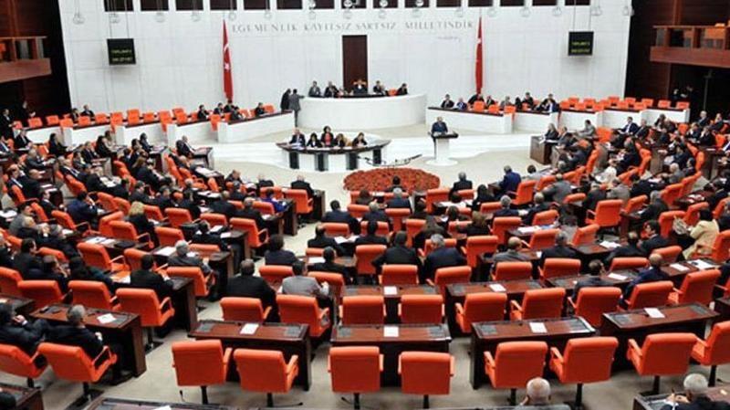 AKP'li, CHP'li ve MHP'li vekillerin dokunulmazlık dosyaları Meclis'te