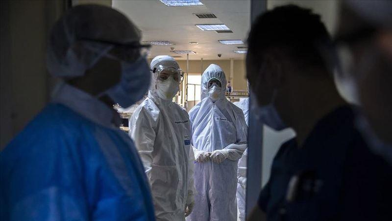 """Son 6 aydır ölenlerin en az yüzde 99'u aşısız olanlar... """"Siz siz olun aşınızı yaptırın"""""""
