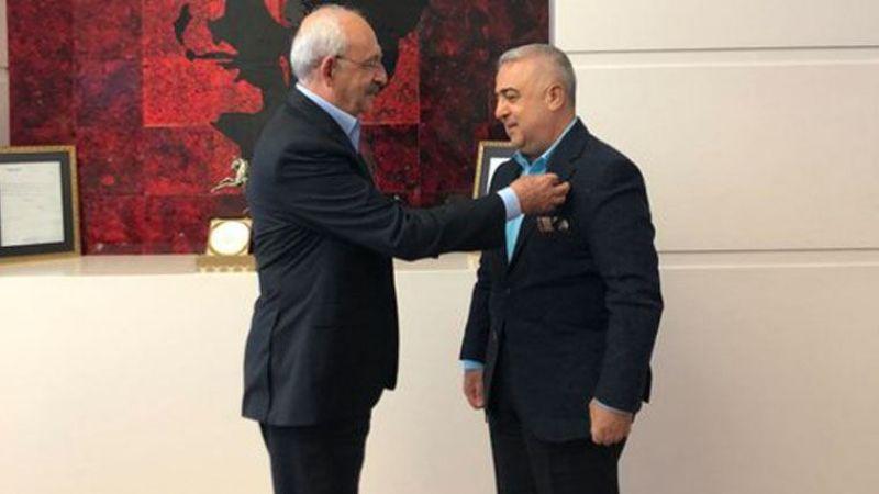AKP'li eski vekil CHP'ye katıldı