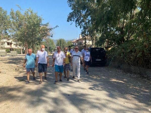 Kuşadası Belediyesi'nin mahalle ziyaretleri devam ediyor