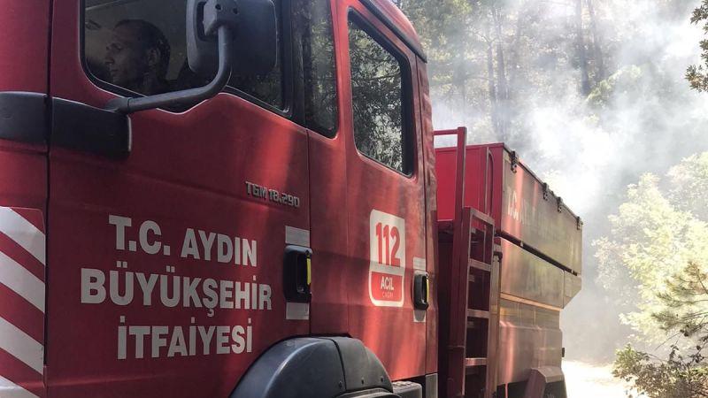 Aydın Büyükşehir Belediyesi İtfaiyesi Çine'de yangınla mücadelesini sürdürüyor