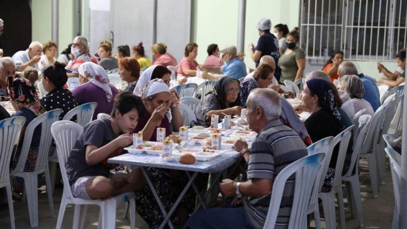Büyükşehir Belediyesi Muharrem ayında gönül sofraları kurdu