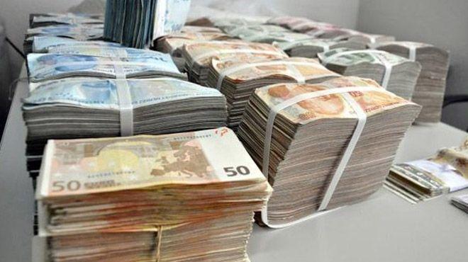 Türkiye'ye 6 ayda kaynağı belirsiz 9.6 milyar dolar para geldi