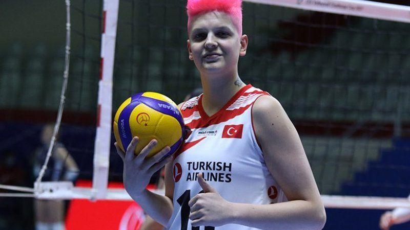 Türkiye Voleybol Federasyonu'ndan Ebrar Karakurt açıklaması