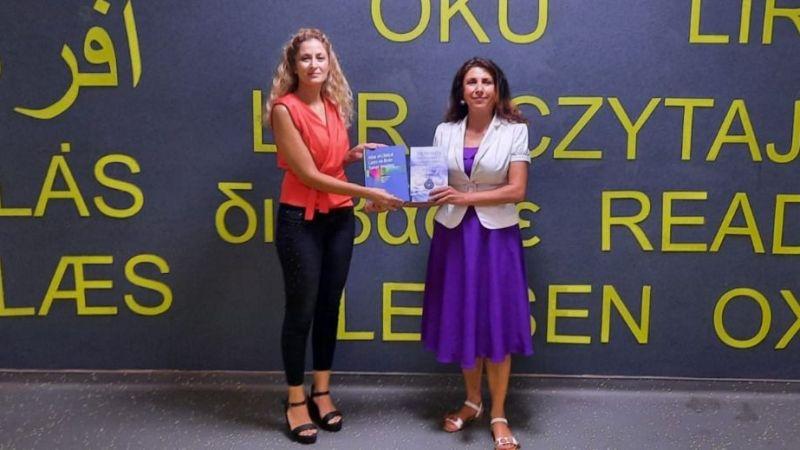 ADÜ Kütüphanesi koleksiyonu akademisyenlerin bağışladığı kitaplarla zenginleşiyor