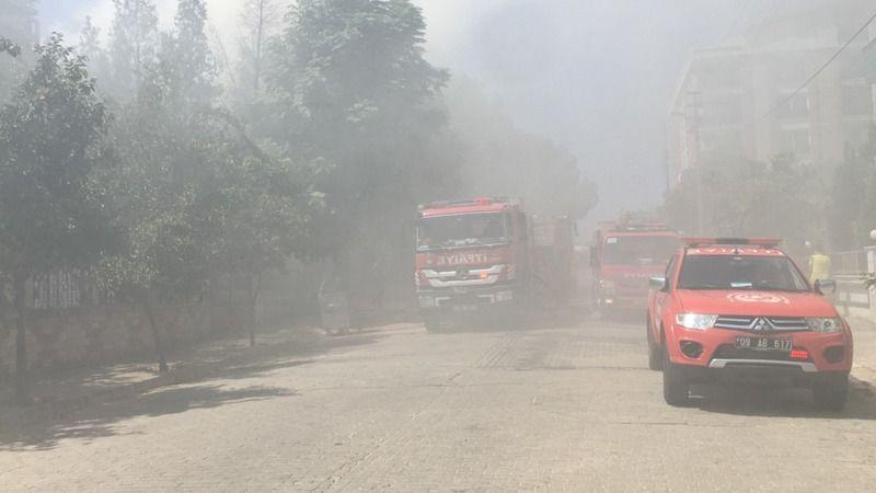Yangın mahalleyi dumana boğdu, küçük Ecrin duyarlılığı ile takdir topladı