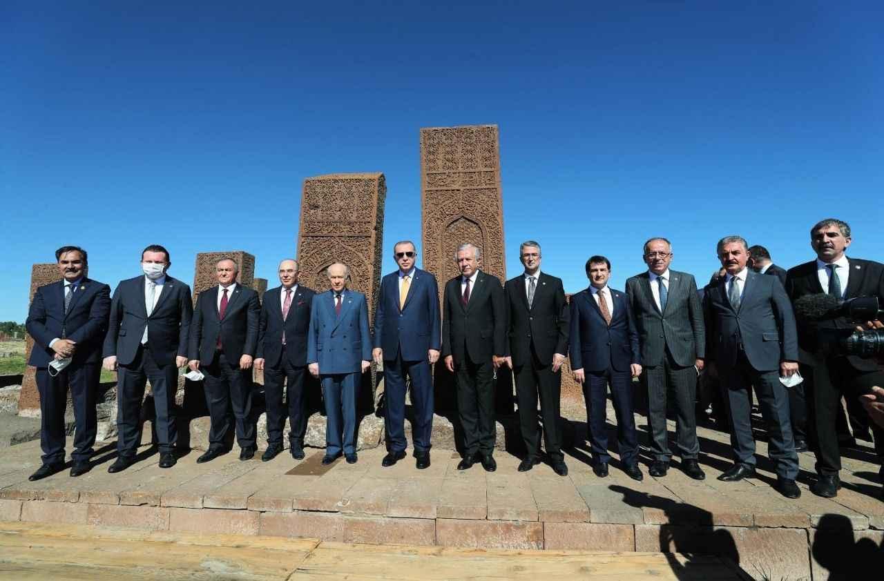 Bülbül, Ahlat'ta Cumhurbaşkanı ile - Sakarya Siyaset