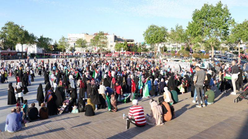Meydanda İsrail'e protesto