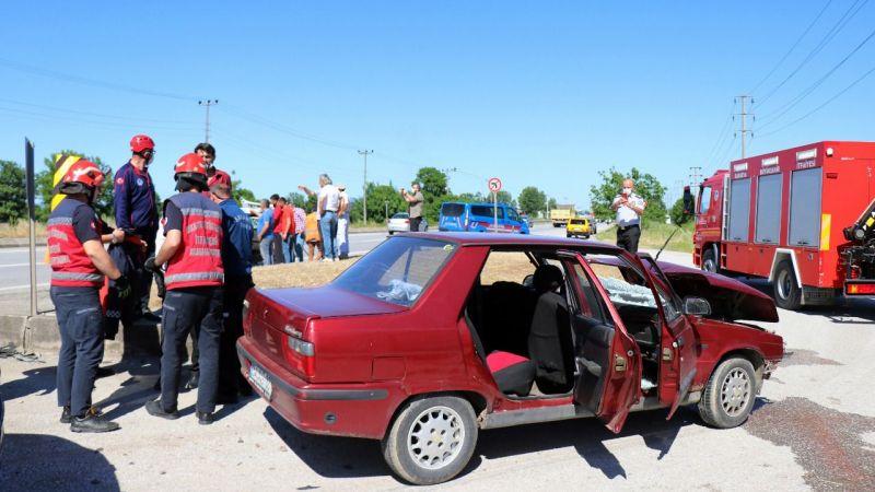 Erenler'de can pazarı: 1'i çocuk 5 yaralı