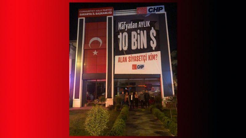 CHP afişle 10 bin doları sordu